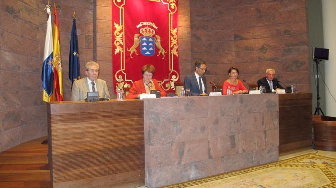 Presidenta de la Conferencia de Asambleas Legislativas Regionales Europeas (CALRE), Francois Dupuis