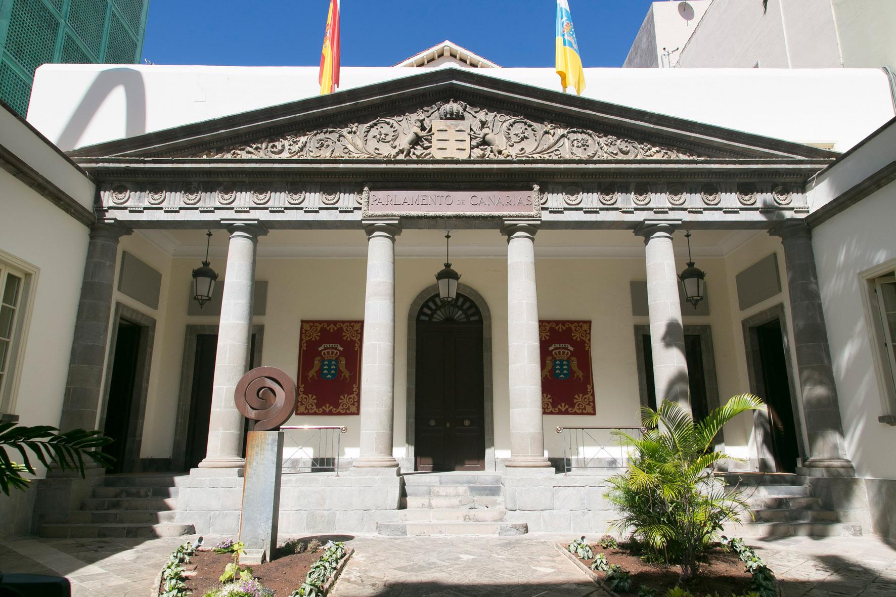 Resultado de imagen de parlamento canarias