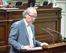 El consejero de Sanidad, Jesús Morera, durante su intervención.